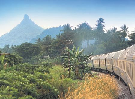 Eastern-_and_-Oriental-Express3.jpg