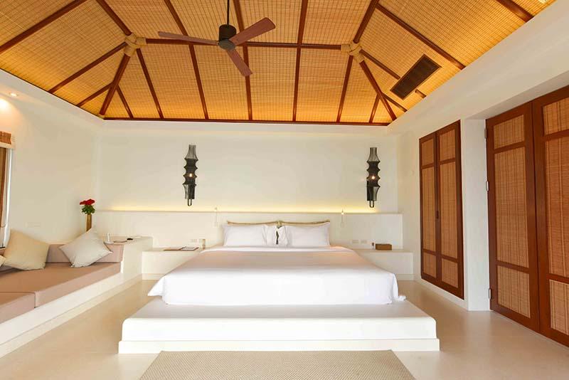 Royal_Sands_Bedroom.jpg