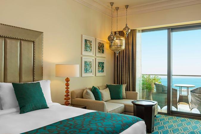 Ajman-Saray-deluxe-sea-view-room-9126-hor-clsc.jpg
