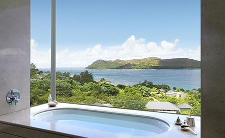 Raffles-SEZ_Panoramic_Pool_Villa_Bathroom.jpg