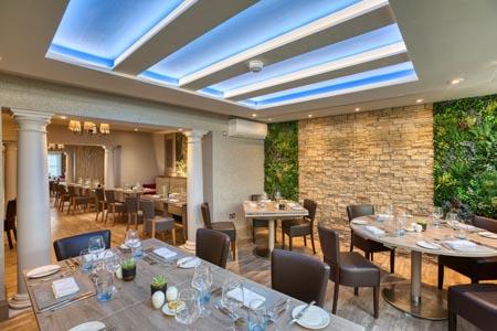 La-Barbarie-Hotel_restaurant.jpg