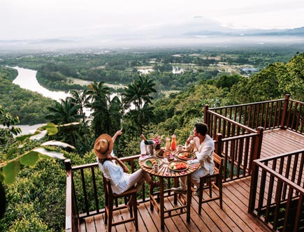 Shangri-La-Rasa-Ria_Breakfast-with-a-View-1.jpg