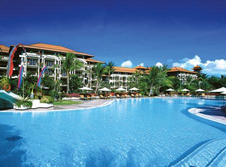 Ayodya-Resort-Bali-Main-Pool.jpg