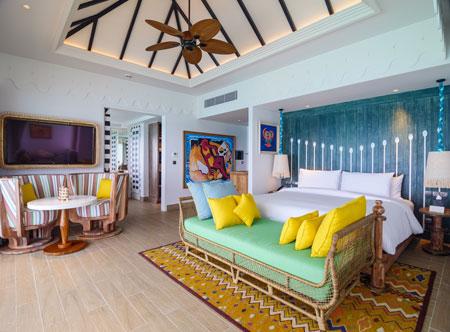 SAii-Lagoon-Maldives_Water-Villa-interior.jpg