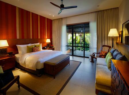Cinnamon-Bentota-Beach_Luxury-room-with-sea-view-6.jpg