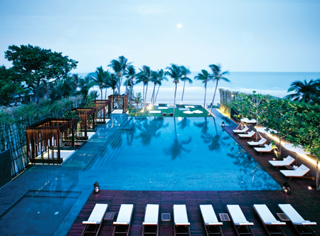 12258_1_Cape_Nidhra_Hua_Hin_pool_with_view_of_beach.jpg