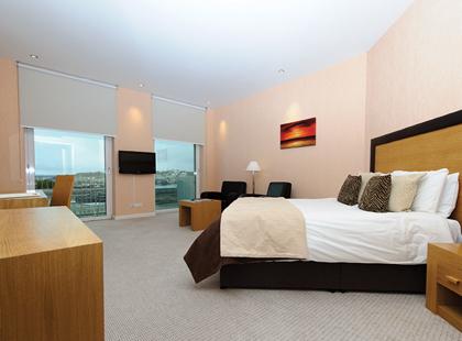 9189_9_Hotel_De_France_spa_room.jpg