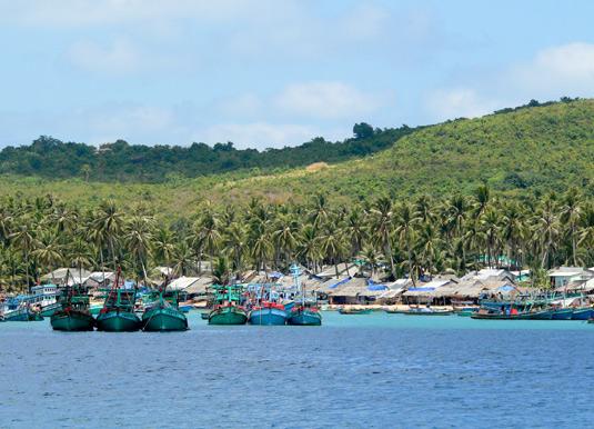 Phu-Quoc-Fishing-boats.jpg