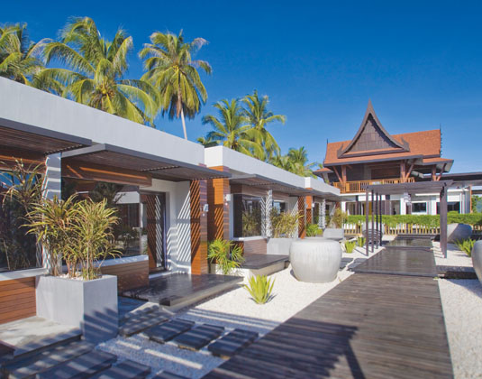Aava Resort & Spa -  Walkway