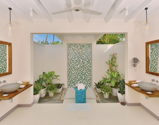 OBLU_by_Atmosphere_at_Helengeli_-_Lagoon_Villa_Open_Air_Bathroom.jpg