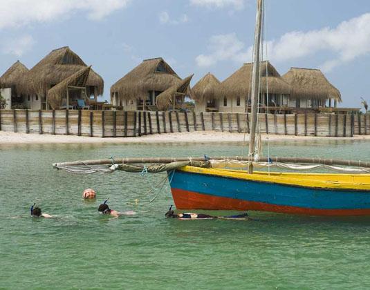 Dugong Beach Lodge - Snorkel