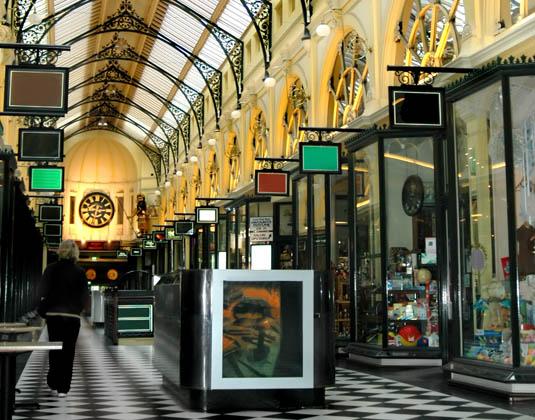 Melbourne_Shopping_Arcade.jpg