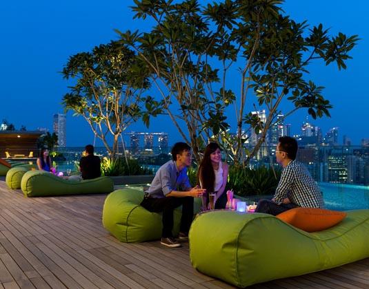 Hotel_Jen_Orchard_Gateway_-_Pool_Night.jpg