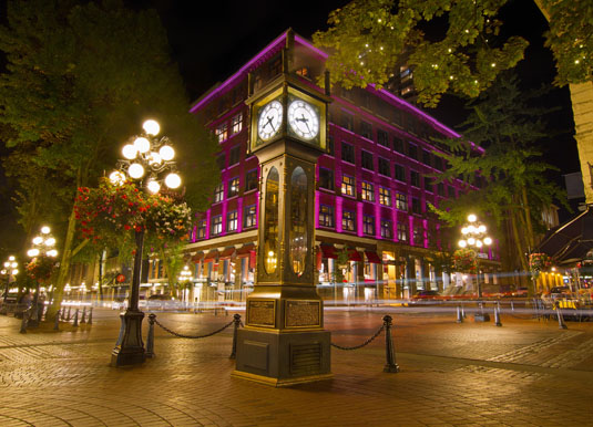 Vancouver_-_Historic_Steam_Clock_in_Gastown.jpg