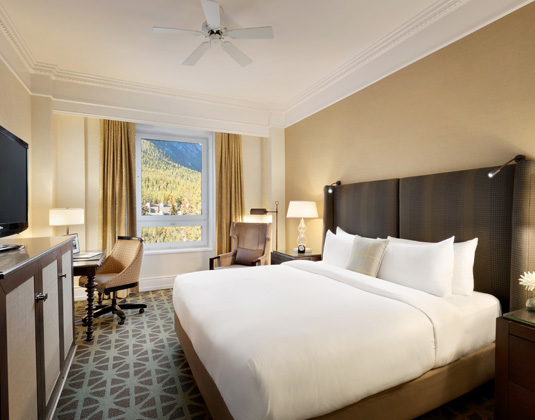 Fairmont_Banff_Springs_-_Fairmont_Room.jpg