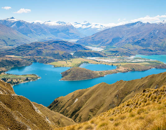Total_South_Island_MAIN_View_of_Glacier_from_Roys_Peak_in_Wanaka,_New_Zealand.jpg