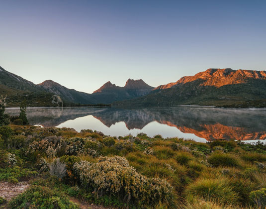 Cradle_Mountain_Cradle_Mountain_National_Park_.jpg