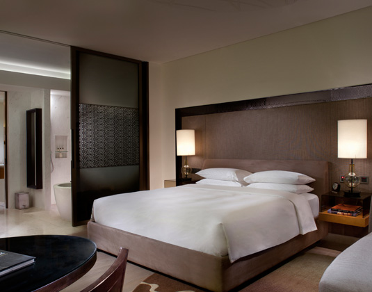 Park_Hyatt_Abu_Dhabi_-_Park_King_Room.jpg