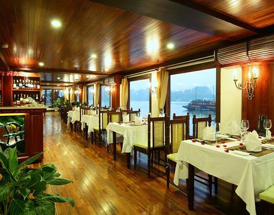 Indochina_Sails_-_Premium_Lounge.jpg