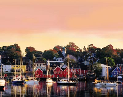 Lunenburg & Mahone Bay Tour excursion