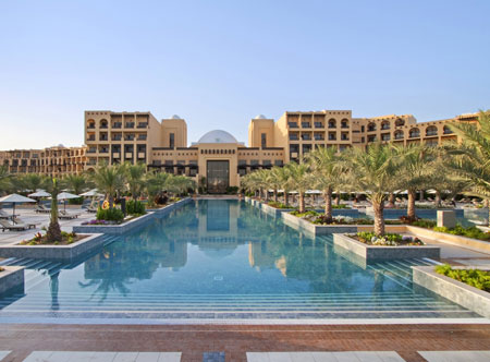 Hilton-Ras-Al-Khaimah_exterior-and-pool.jpg
