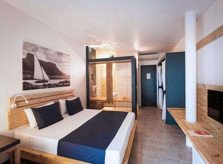 Veranda-Pointe-Aux-Biches-Comfort-Room.jpg