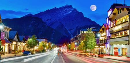 Banff_Avenue_shutterstock_1071184937.jpg