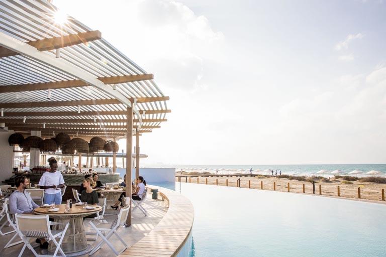 Jumeirah-at-Saadiyat-Island-Resort-Mare-Mare-Dining-Area.jpg
