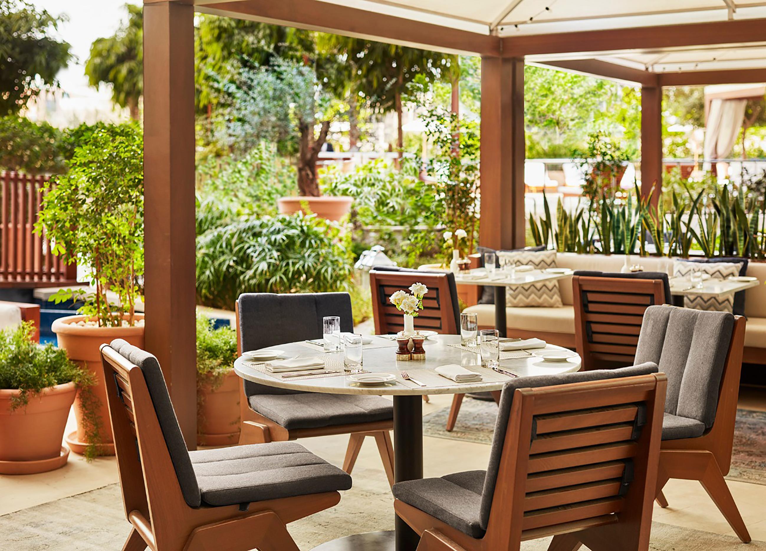 Edition-Abu-Dhabi_dining-terrace.jpg