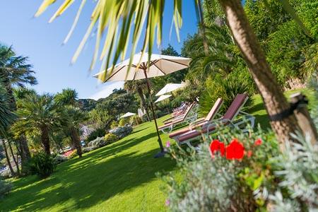 St-Brelades-Bay-gardens.jpg