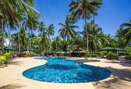 Plantation-Island_pool.jpg