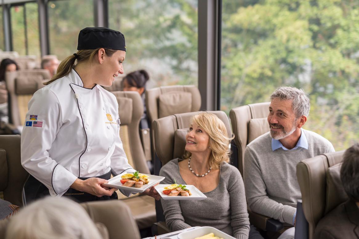 RM18_Onboard_SilverLeaf_Service_Culinary.jpg