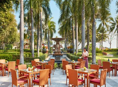 Hyatt-Regency-Hua-Hin_49-Figs-Restaurant-Terrace.jpg