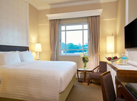 Rendezvous-Hotel-Singapore_Deluxe-Room_Hi.jpg