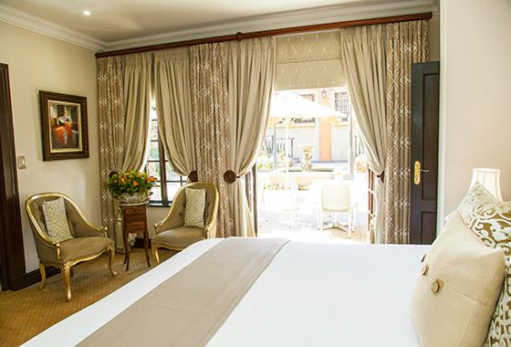Ivory-Manor-Deluxe-suite.jpg