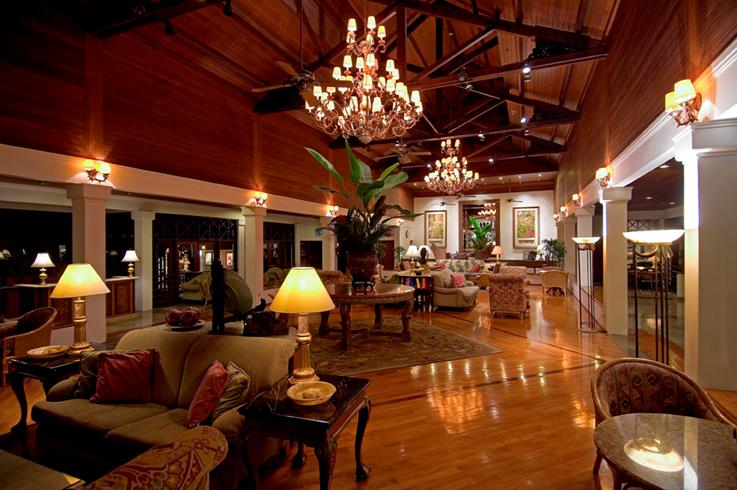 Sheraton Senggigi Beach Resort lobby