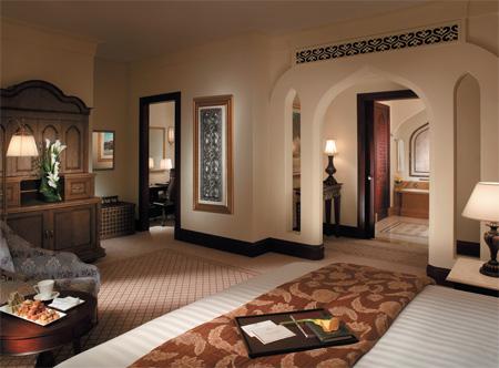 13879_2_ShangriLa_Qaryat_Premier_room.jpg
