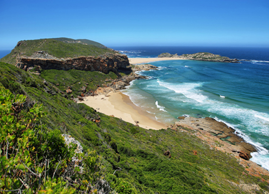 Idyllic_beach_in_Robberg_nature_reserve_in_South_Africa_shutterstock_263709335.jpg
