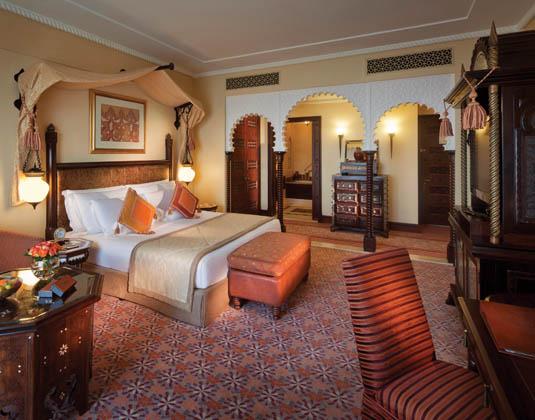 Madinat_Jumeriah_Al_Qasr_-_Ocean_Deluxe_Room.jpg
