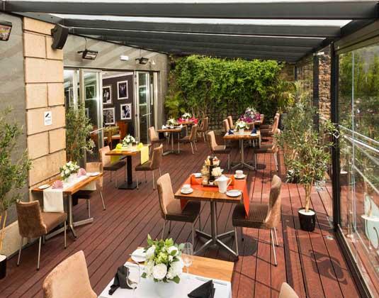 Savoy_Hotel_-_Deck_Area.jpg