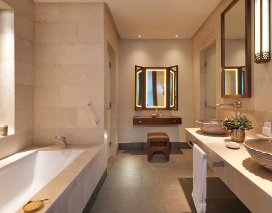 Anantara_Al_Jabal_Akdar_Resort_-_Premier_Canyon_View_Bathroom.jpg