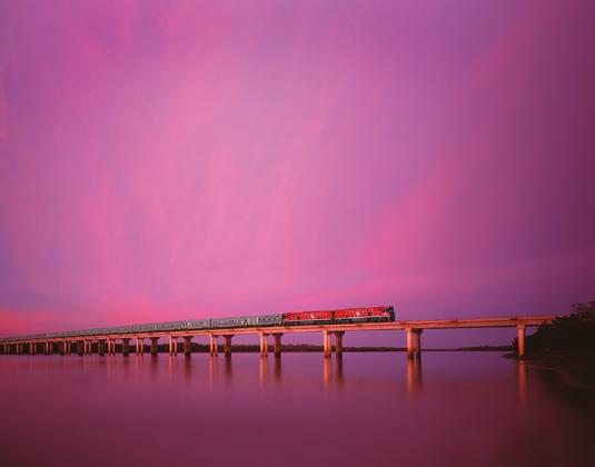 The_Ghan_-_Bridge_at_dusk.jpg
