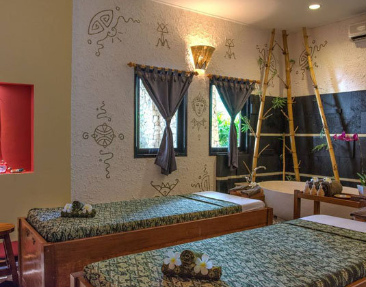 Holiday_Resort_Lombok_-_Spa.jpg
