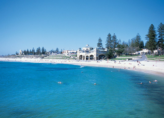 Cottesloe_Beach.jpg