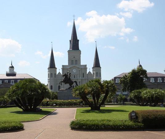 New_Orleans_Jackson_Square.jpg