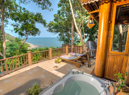 Santhiya Koh Phangan - Sea View Villa Balcony