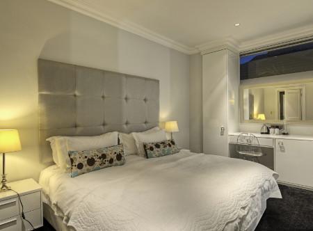 Three_Boutique_-_Luxury_Room.jpg