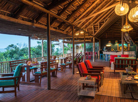 Machangulo Beach Lodge - Bar and Lounge