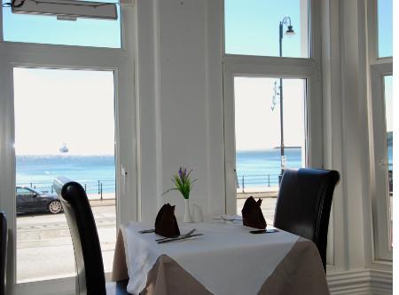 Caledonia_-_Restaurant.jpg