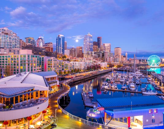 Seattle,_Pier_66.jpg